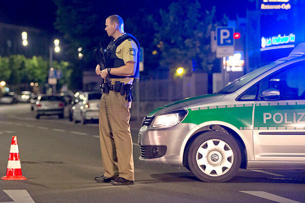 Armed-police-and-firefighters-at-the-scene-of-an-explosion-in-Ansbach-Germany-532524